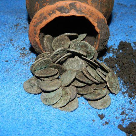85 roman denarii found with a Detech Relic Striker metal detector