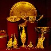 Tezaurul de la Pietroasele (Closca cu puii de aur)